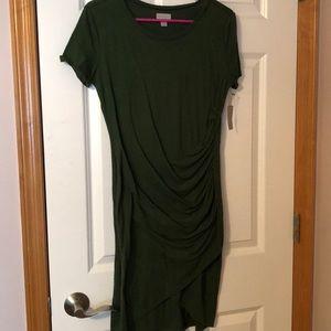 Green side gathered t-shirt dress